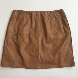 Very J camel brown faux leather skirt